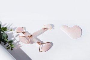 Τι είναι το Jade Roller και γιατί έχει γίνει το παγκόσμιο beauty trend!