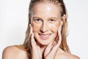 16 Skincare tips σύμφωνα με τους δερματολόγους